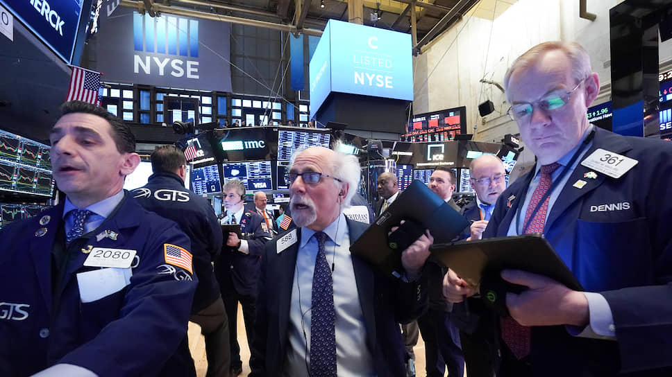 Почему биржи США открылись падением на 7%