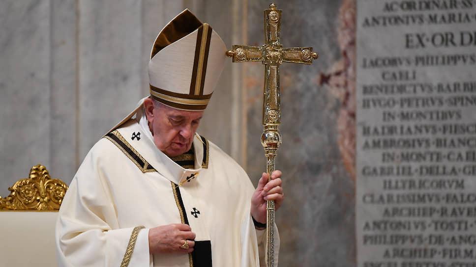 Папа Римский провел пасхальную службу без прихожан - Новости – Мир – Коммерсантъ