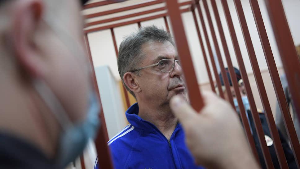 Обвиняемый Александр Кравцов