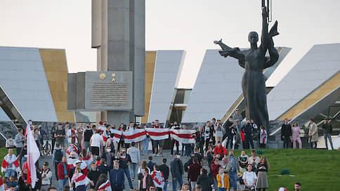 Против протестующих в Минске применили водометы
