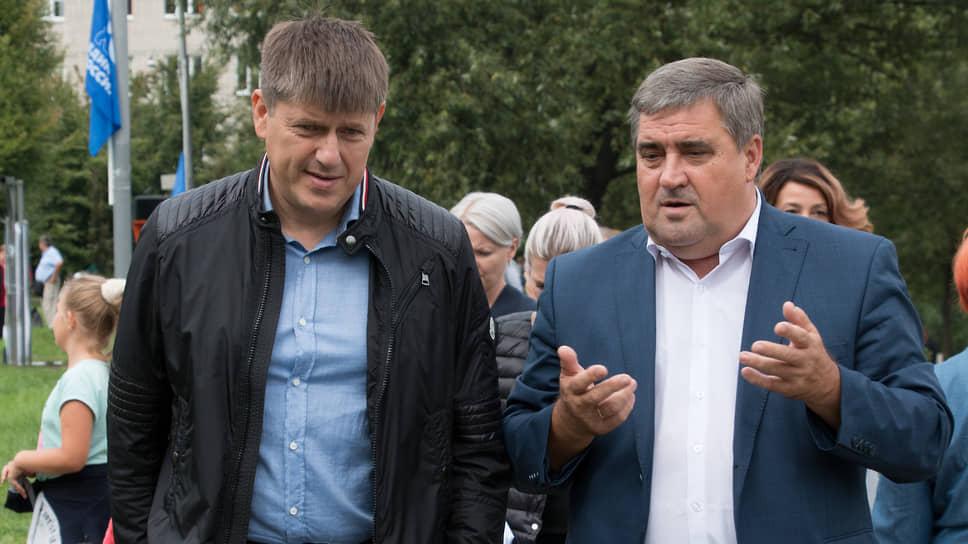 Новый глава Калининграда Андрей Кропоткин (слева )и бывший мэр Алексей Силанов