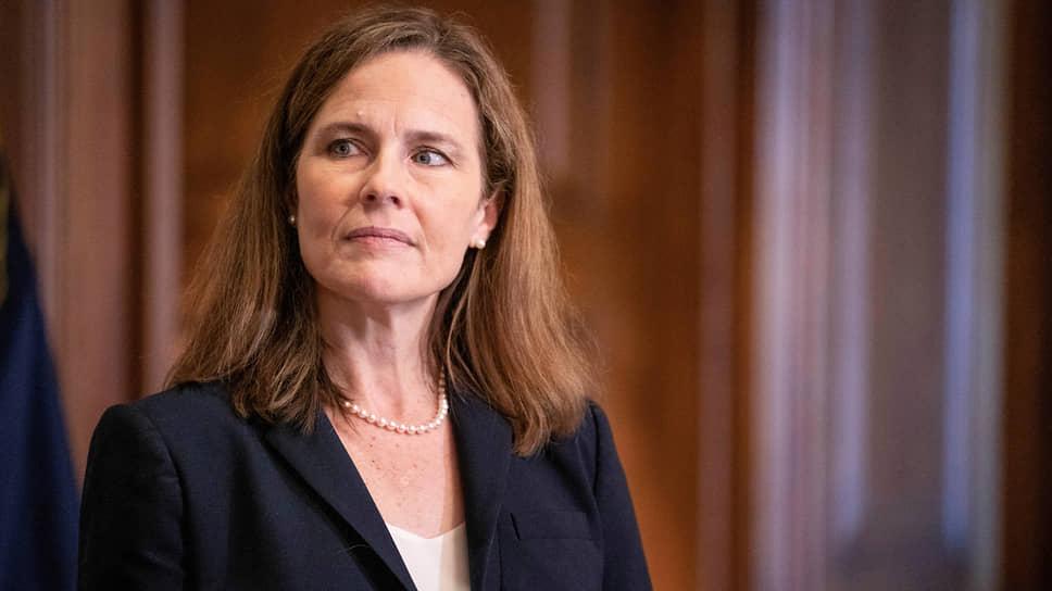 Судья Верховного суда США Эми Кони Барретт