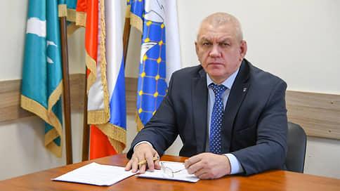 Мэр Южно-Курильска ушел на пенсию на фоне нарушений