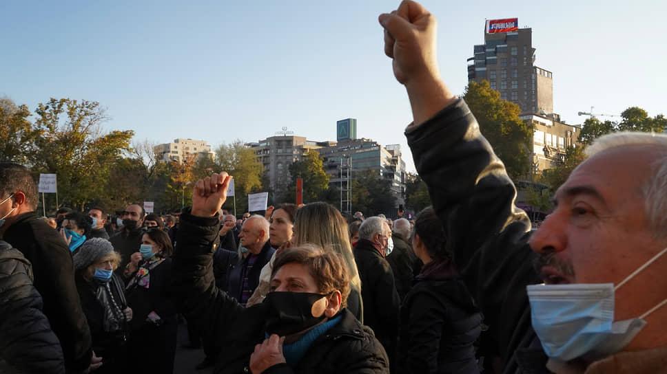 В Ереване проходит акция с требованием отставки Пашиняна