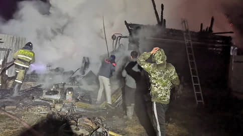 В Башкирии при пожаре в частном доме престарелых погибли 11 человек