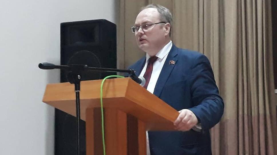 Юрий Юхневич