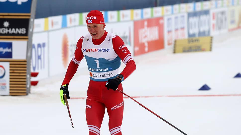 Лыжник Александр Большунов