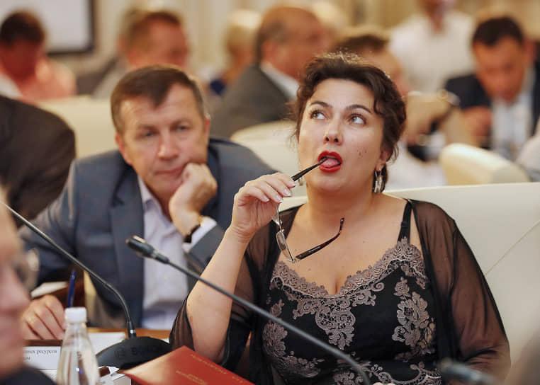 https://im.kommersant.ru/Issues.photo/NEWS/2021/03/11/KMO_149957_00003_1_t222_141957.jpg