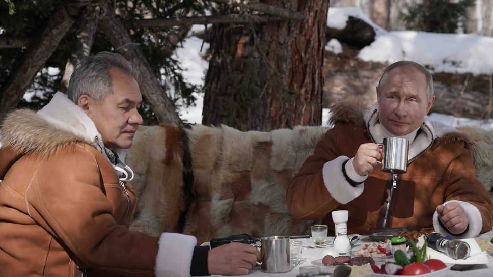 Министр обороны России Сергей Шойгу и президент России Владимир Путин