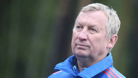 Главный тренер сборной России по биатлону Польховский покинет пост
