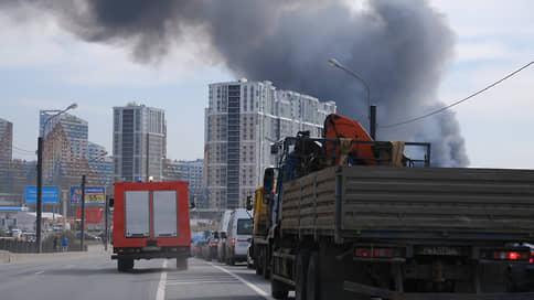 В Санкт-Петербурге горит Невская мануфактура