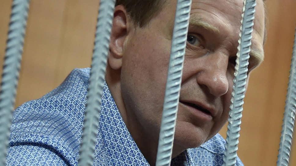 Бывший заместитель главы МЧС России Сергей Шляков
