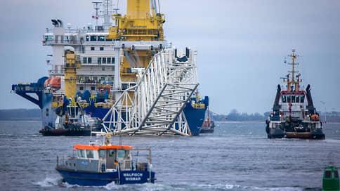 Академик Черский начал укладку Северного потока-2 в водах Дании