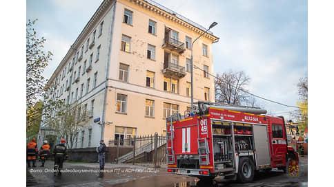 При пожаре в гостинице в Москве погиб один человек