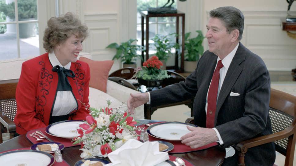 Сюзанна Масси и Рональд Рейган в 1984 году