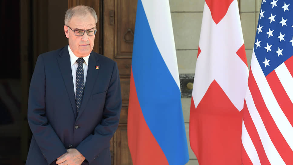 Президент президент Швейцарии Ги Пармелен