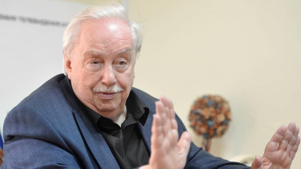 Анатолий Лысенко