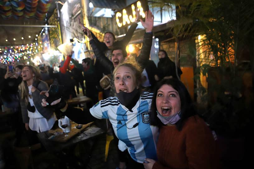 Завоевав титул в 15-й раз, Аргентина догнала по числу побед рекордсмена турнира — сборную Уругвая, последний раз выигрывавшую Кубок Америки в 2011 году