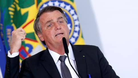 YouTube удалил 15 видео президента Бразилии за распространение ложной информации