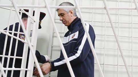 СКР предъявил Анатолию Быкову обвинение в подстрекательстве к убийству и покушению