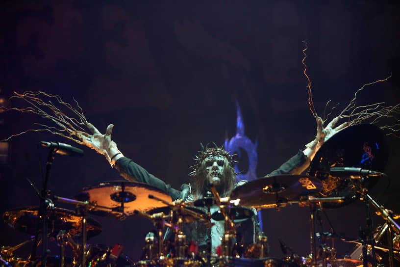 Джои Джордисон на концерте в спорткомплексе «Олимпийский» в 2008 году