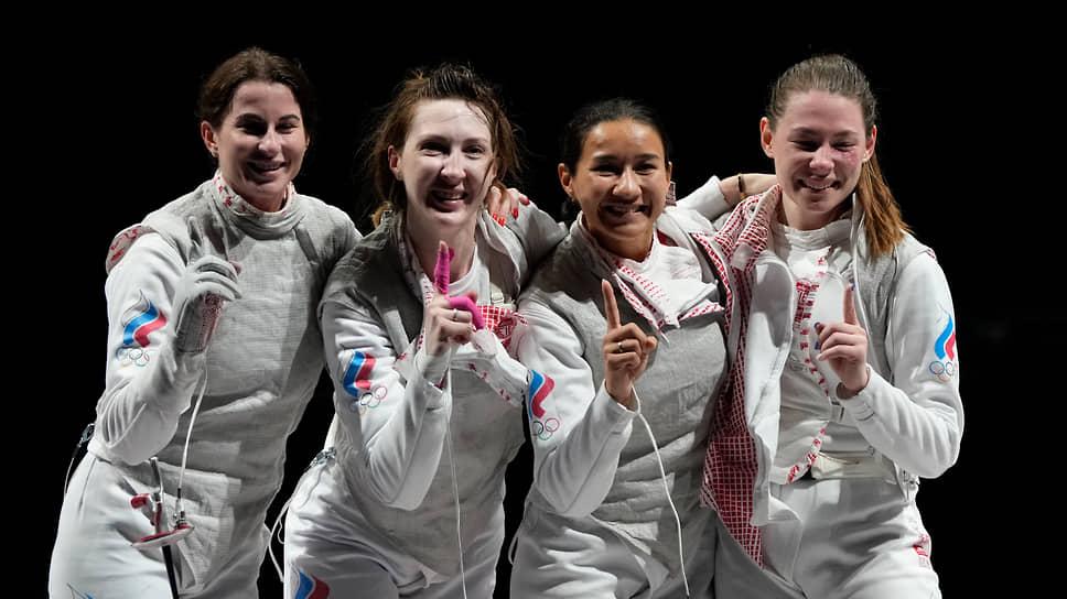 Слева направо: Инна Дериглазова, Лариса Коробейникова, Аделина Загидуллина и Марта Мартьянова