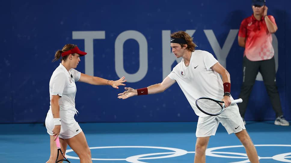 Теннисисты Анастасия Павлюченкова и Андрей Рублев