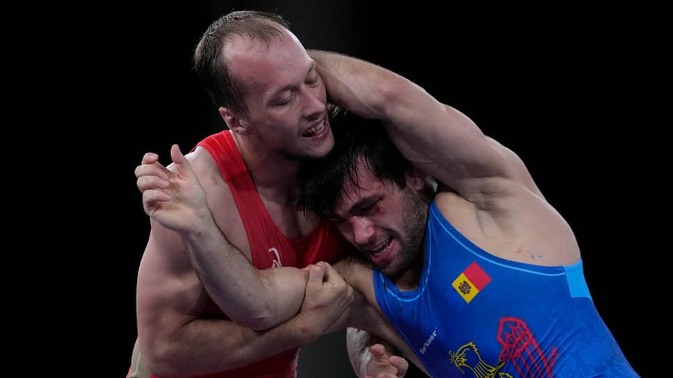 Сергей Емелин (слева) и Виктор Чобан