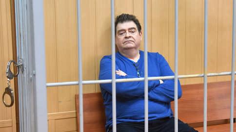 Прокурор запросил 8,5 года колонии для обвиняемого в хищении экс-депутата Варшавского