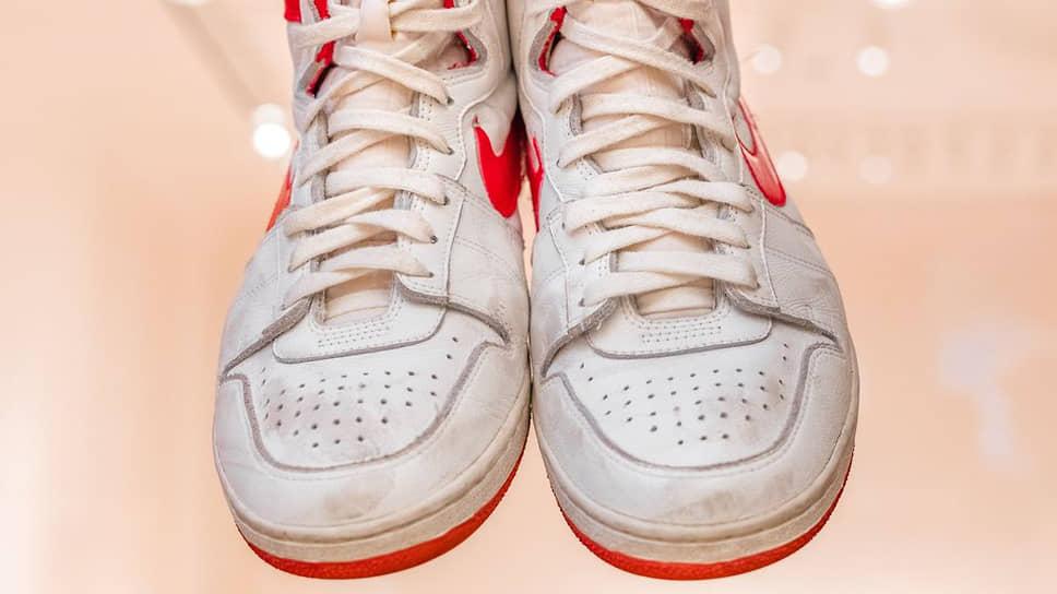 Кроссовки Майкла Джордана продали за рекордные $1,472 млн
