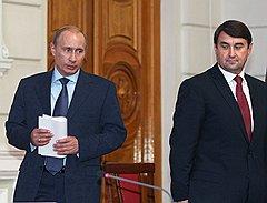 Министром Левитин стал при президенте Путине. Спремьером Путиным продолжает работать
