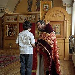 Современному священнику нужно разговаривать с людьмина их уровне, считает отец Георгий