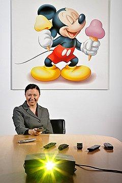 """Марина Жигалова-Озкан, глава Disney Channel в России: «Первые фильмы, которые я увидела, были """"Бемби"""" и """"Белоснежка""""? Уменя папа работал в МИДе, и там устраивались показы диснеевских фильмов для сотрудников и их семей»"""