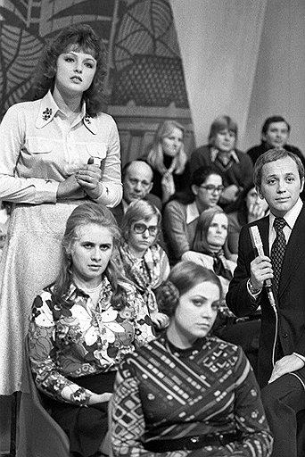 Нина Свиридова и Дмитрий Воздвиженский. А. Масляков в телепередаче «Алло, мы ищем таланты!». 1970-е