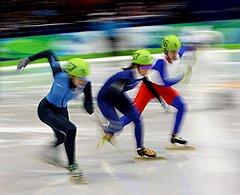 В преддверии Олимпиады-2014 сборную России по шорт-треку решили усилить спортсменками и тренером из Южной Кореи