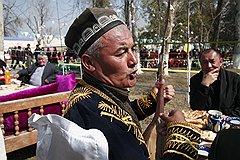 Народные поэты-сказители бахши — одни из главных гостей на празднике в Ташкенте
