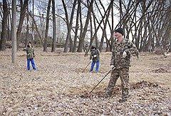 Работы по уборке территории в Чернобыле в ожидании приезда Януковича