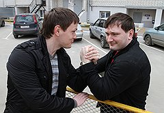 С братом-близнецом Дмитрием, онкологом и тоже спортсменом