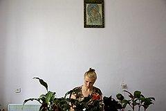 Вместо портрета президента в кабинете главы сельсовета Марии Копач — Почаевская икона Божией Матери