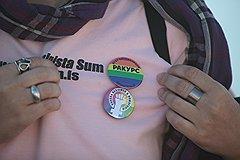 """Никто пока не знает, являются ли """"пропагандой гомосексуализма"""" значки организаций, которые защищают права сексуальных меньшинств"""