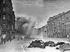После немецкого артобстрела на Невском