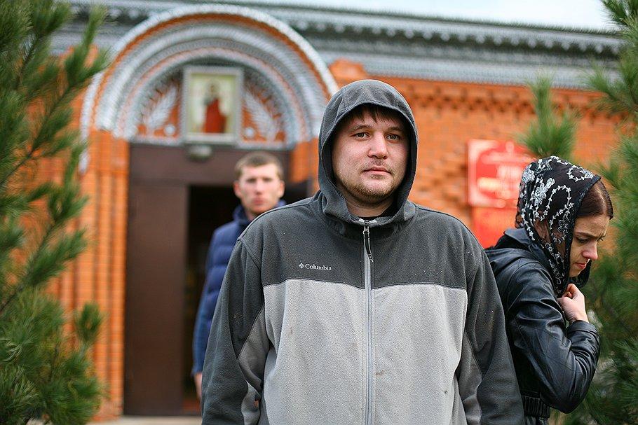 К бою против Энди Костелло российский шахбоксер Николай Сажин готовился в церкви