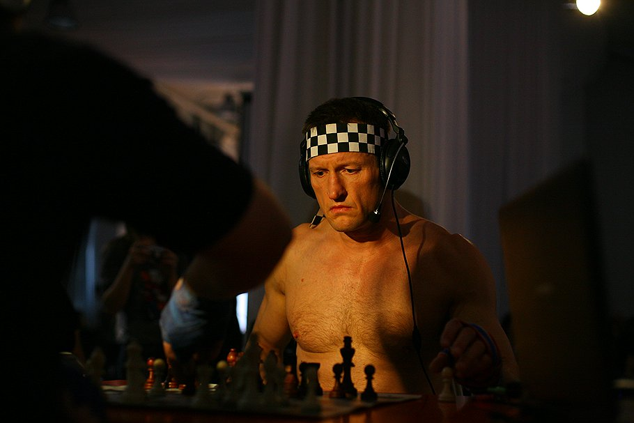 Несмотря ни на что, Энди старается серьезно относиться к спорту, который у многих вызывает улыбку