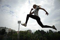 """Для прыгуньи в длину Дарьи Клишиной лондонская Олимпиада станет первой в жизни. Но у молодой спортсменки уже есть как минимум два повода для гордости: в 2010 году она победила в номинации """"Самая сексуальная спортсменка России - 2010"""" по версии Рунета, а в 2011 году взяла золото чемпионата Европы"""