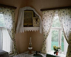 Жаровы с энтузиазмом реставрируют старые дома: и на продажу, и для музейного комплекса