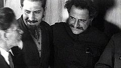 На фото кадры из фильма