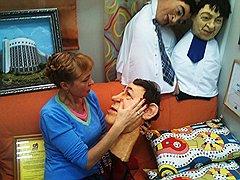 """На фоне скандала готовится премьера — уральская версия """"Кукол"""". Резиновая политическая элита края к использованию уже готова, ее заказывали в Москве"""
