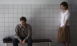 Иван Вырыпаев в своей новой картине доверил главную роль польской актрисе и своей жене Каролине Грушке (на фото — с актером Игорем Гординым)