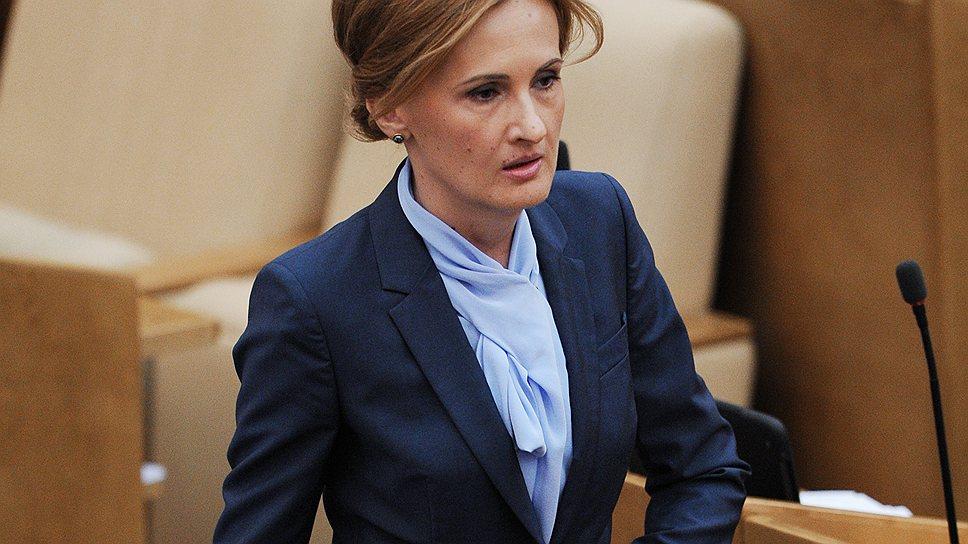 Сменив синий китель прокурора на пиджак депутата, Ирина Яровая не потеряла служебной хватки