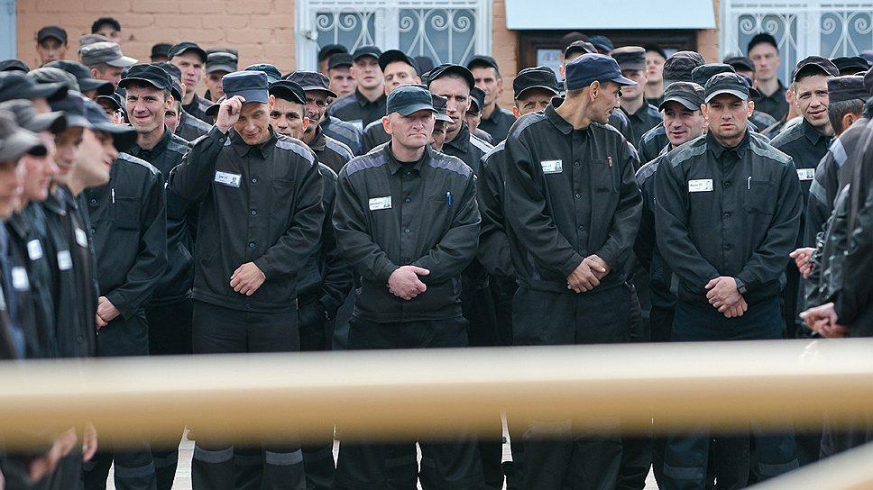 Всего в России около 600тысяч осужденных, однако сколько из них уже сдали образцы своей ДНК, пока неизвестно
